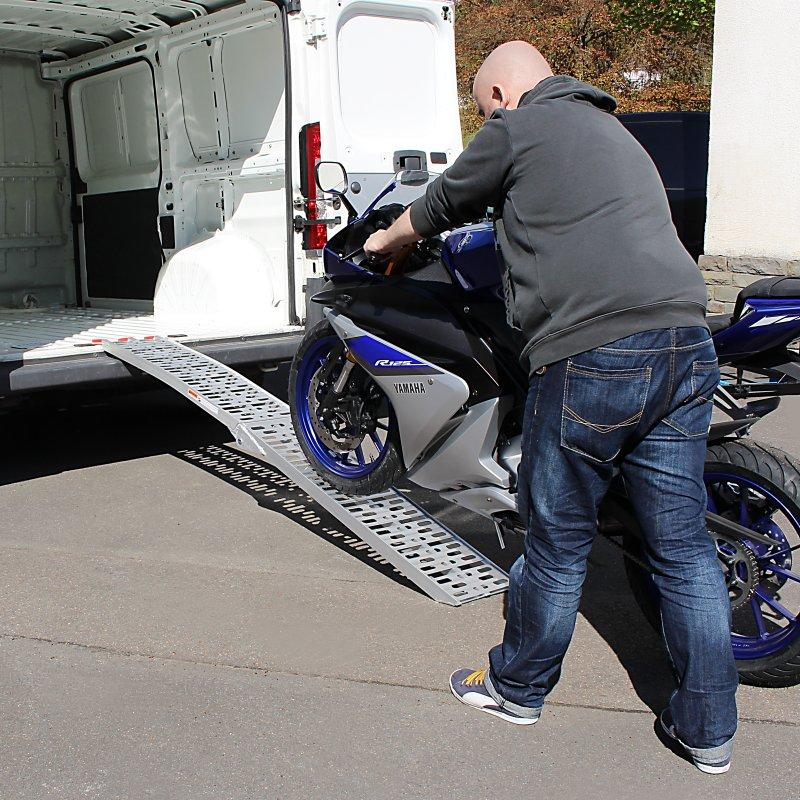rampe de chargement moto pour harley davidson sportster. Black Bedroom Furniture Sets. Home Design Ideas