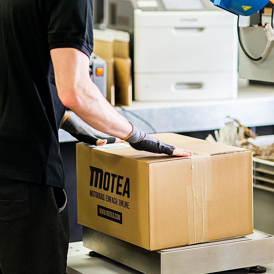 über 1500 Pakete pro Tag gehen in den Versand